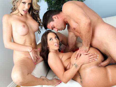Courtney Cummz et Kelly Divine